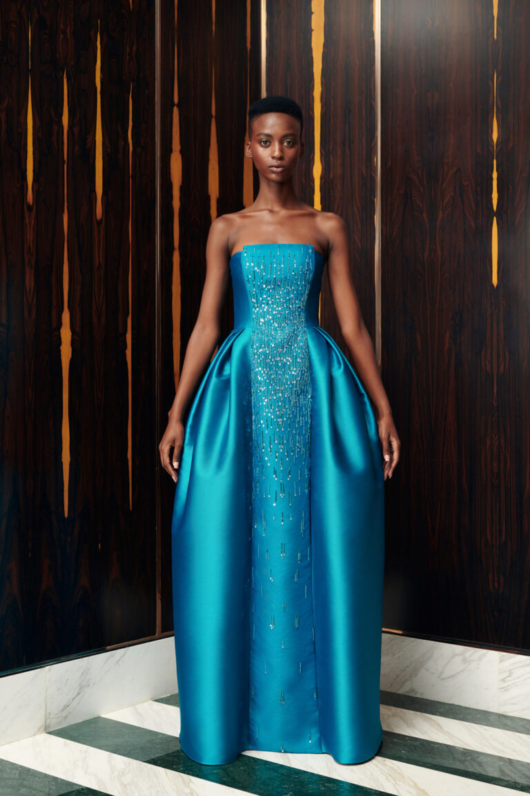 Embroidered strapless volume gown
